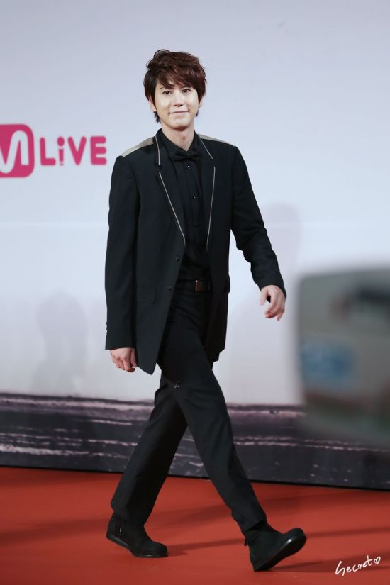 Kyuhyun MAMA Red Carpet 3