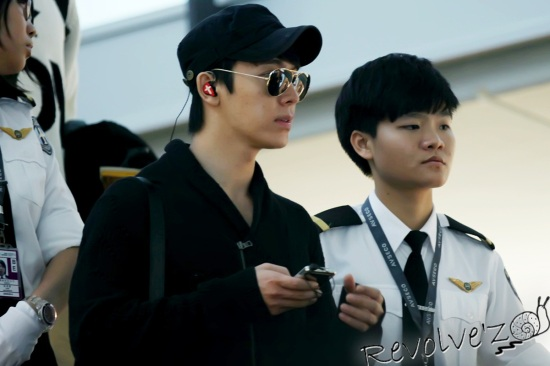 SJ Hong Kong Airport Dec 01 2012 2