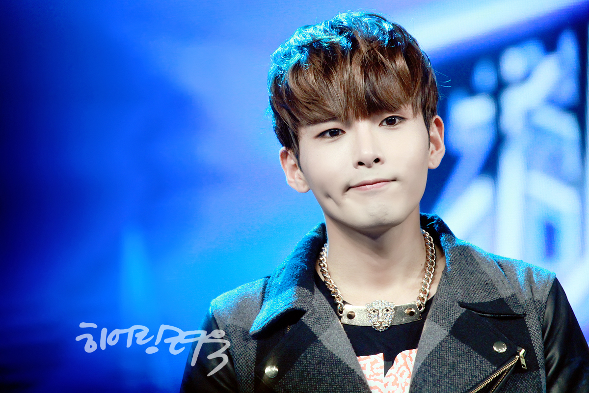Super Junior-M at Hubei TV Recording – Ryeowook [28P ...