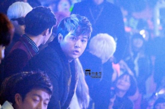 Shindong SBS Gayo 2012 8