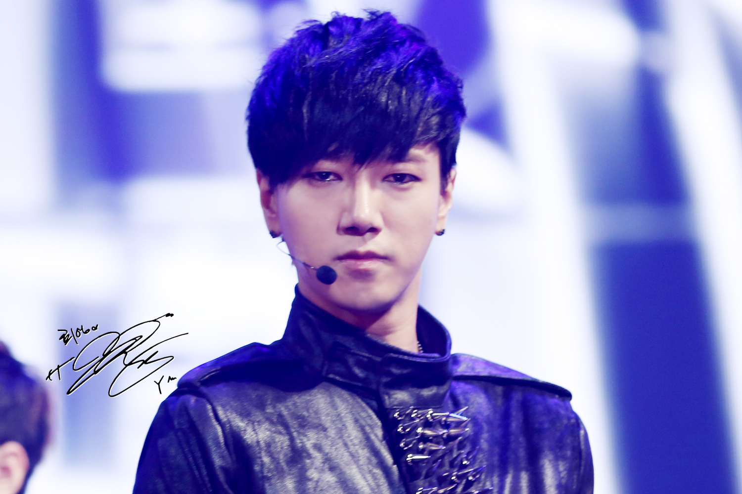 Seoul Music Awards with Yesung  5P      From 130131Yesung 2013