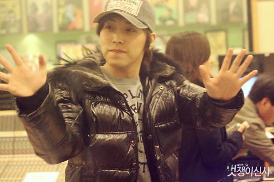 130206 Sungmin 4