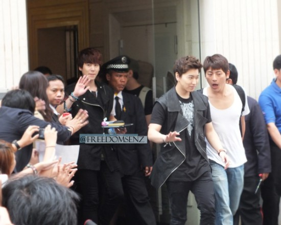 130217 Super Junior-M at Maleenon 17