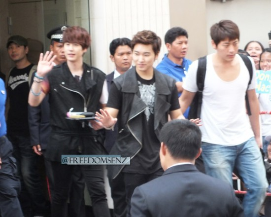 130217 Super Junior-M at Maleenon 18