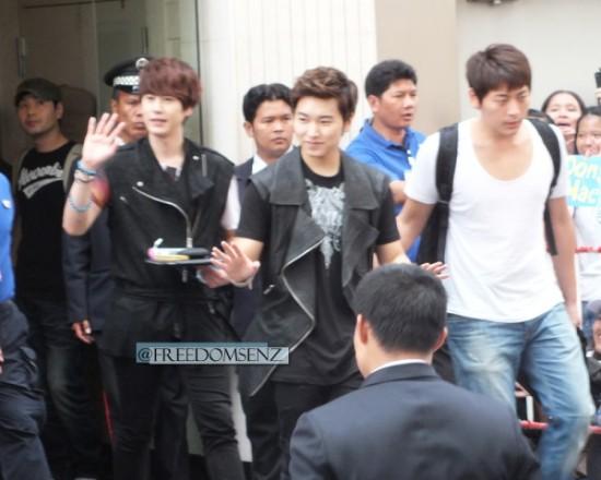 130217 Super Junior-M at Maleenon 18
