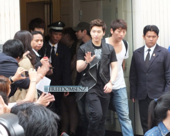 130217 Super Junior-M at Maleenon 22