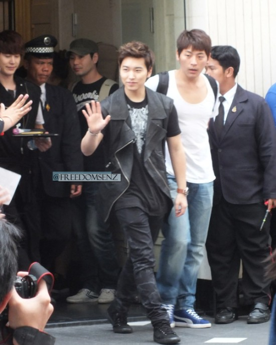 130217 Super Junior-M at Maleenon 23