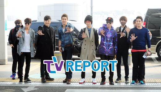130308 Super Junior at Incheon Airport (to Jakarta) (1)