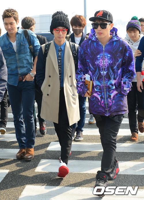 130308 Super Junior at Incheon Airport (to Jakarta) (17)