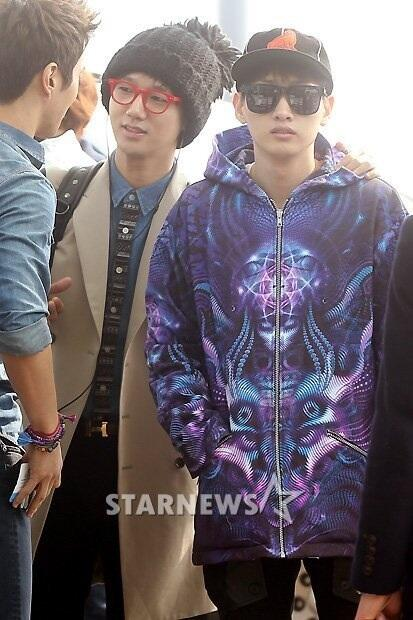 130308 Super Junior at Incheon Airport (to Jakarta) (24)