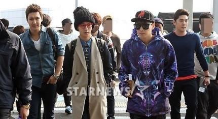 130308 Super Junior at Incheon Airport (to Jakarta) (3)