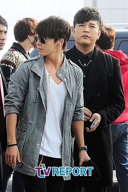 130308 Super Junior at Incheon Airport (to Jakarta) (39)