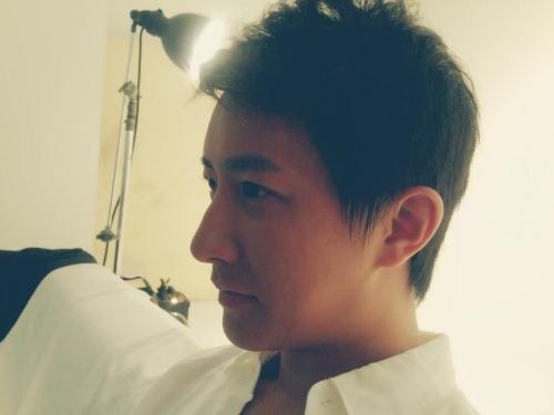 130313 Hangeng Twitter Update- Shotting in Singapore