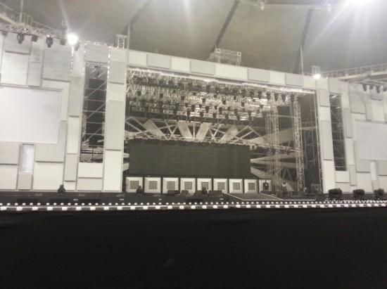 130323 SS5 Backstage