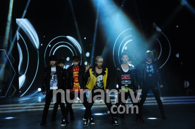 Official, 130326 Hunan TV Happy Camp with Super Junior-M Recording  (1)