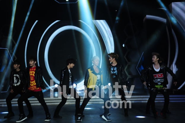 Official, 130326 Hunan TV Happy Camp with Super Junior-M Recording  (3)