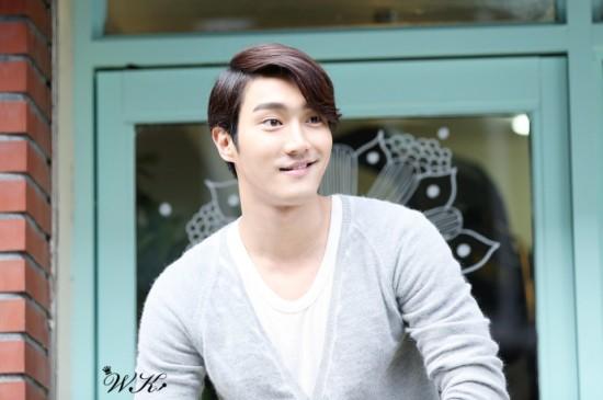 121021 Siwon 1