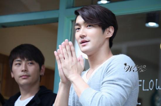 121021 Siwon 4