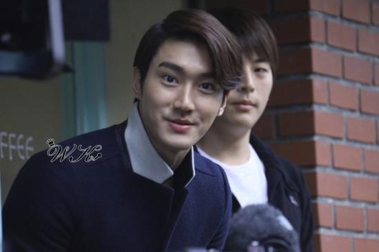 121021 Siwon 5
