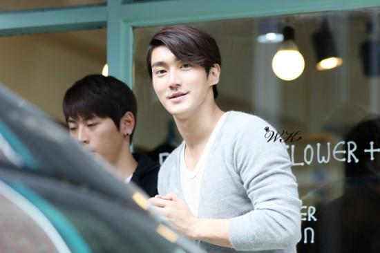 121021 Siwon