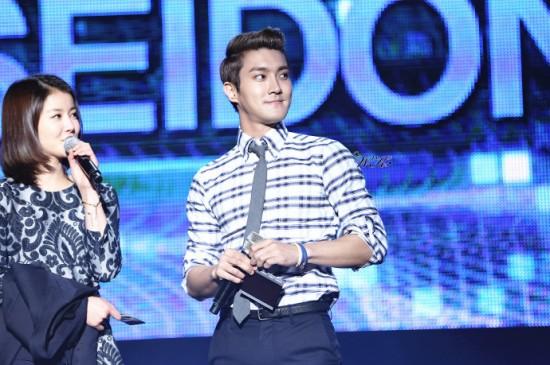 130214 Siwon 8