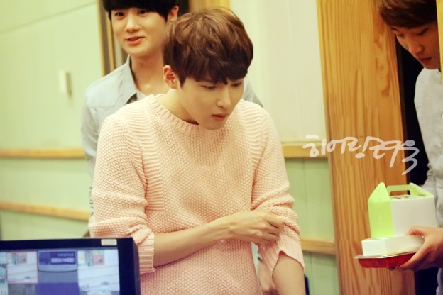 130517 Sukira (KTR) with Ryeowook by Hearing-Ryeowook(1)
