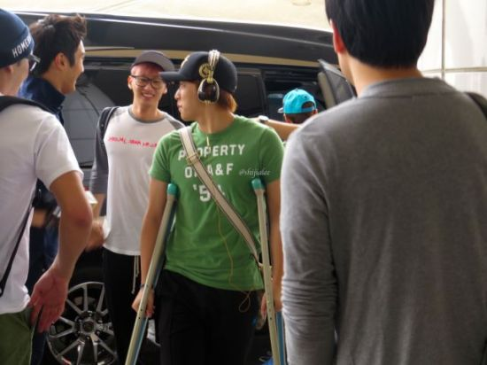 130526 Super Junior at Gimpo Airport (to Busan) by shijialee (27)
