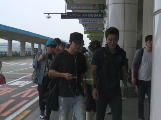 130526 Super Junior at Gimpo Airport (to Busan) by shijialee (28)
