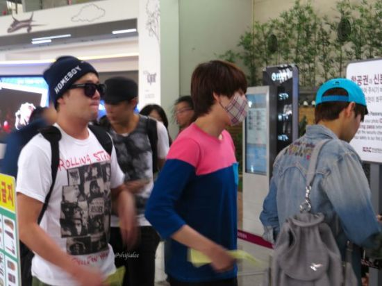 130526 Super Junior at Gimpo Airport (to Busan) by shijialee (31)