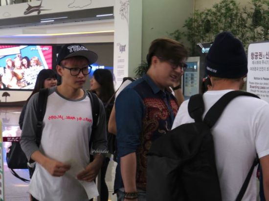 130526 Super Junior at Gimpo Airport (to Busan) by shijialee (37)