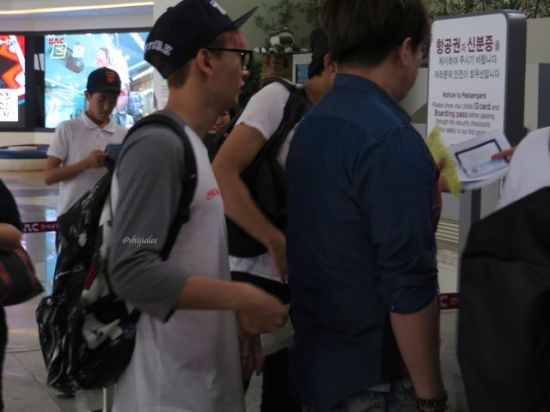 130526 Super Junior at Gimpo Airport (to Busan) by shijialee (39)