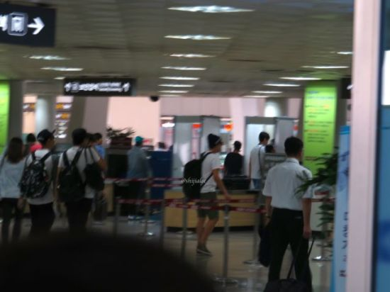 130526 Super Junior at Gimpo Airport (to Busan) by shijialee (41)