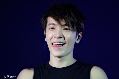 ss5hkday2-donghae2