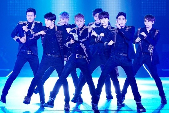 Super-Junior_1373360030_20130709_superjunior_show1