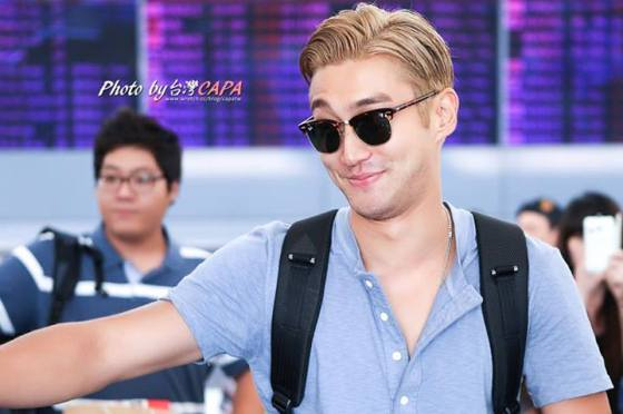 130809 OFFICIAL, Siwon at Taoyuan Airport (from Korea) by 台灣CAPA (1)