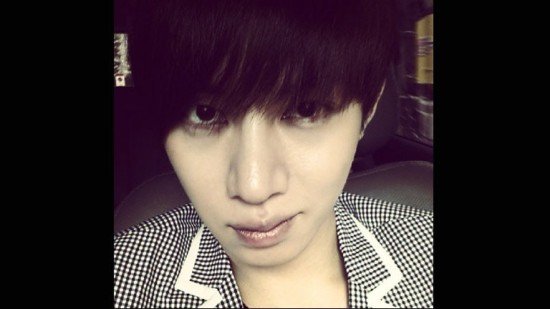 98568-super-junior-heechul-out-of-the-military-but-still-battling-crazy-fans