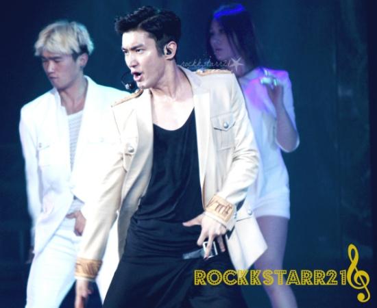 131024-ss5ph-rockstar21-47