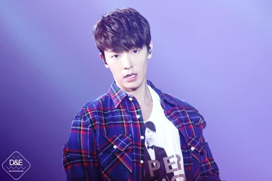 140222 Donghae 4