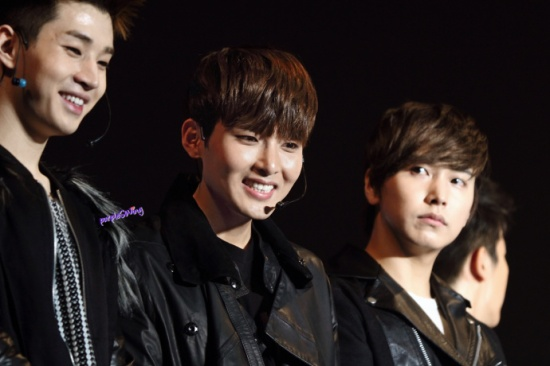 130119 Super Junior-M Nanjing Fanmeeting cr-詠_purpleSWing (5)