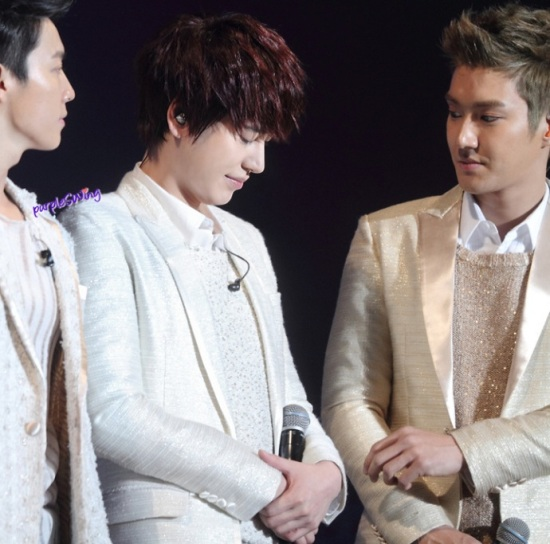 130119 Super Junior-M Nanjing Fanmeeting with Siwon and Kyuhyun cr- 詠_purpleSWing (3)