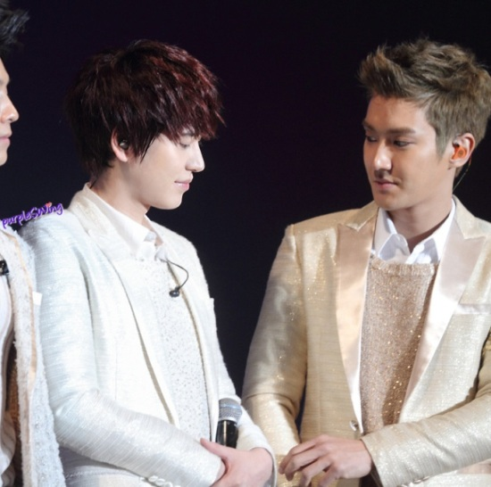 130119 Super Junior-M Nanjing Fanmeeting with Siwon and Kyuhyun cr- 詠_purpleSWing (4)