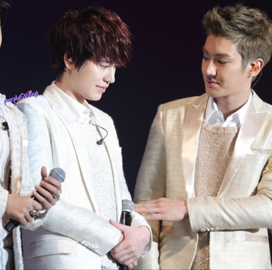 130119 Super Junior-M Nanjing Fanmeeting with Siwon and Kyuhyun cr- 詠_purpleSWing (7)