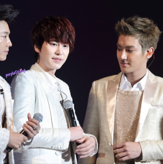 130119 Super Junior-M Nanjing Fanmeeting with Siwon and Kyuhyun cr- 詠_purpleSWing (8)
