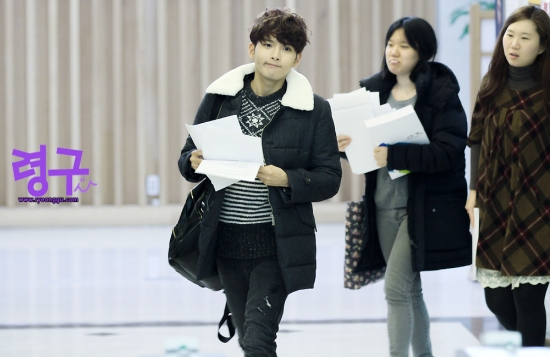 140117 Sukira (KTR) with Ryeowook by Ryeonggu (1)