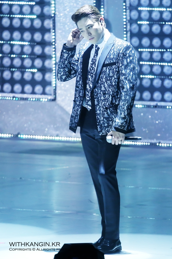 140222 Super Show 5 Tour in Beijing with Kangin by withkangin (23)
