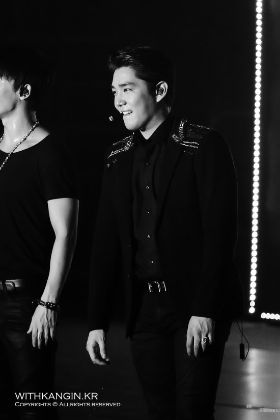 140222 Super Show 5 Tour in Beijing with Kangin by withkangin (6)