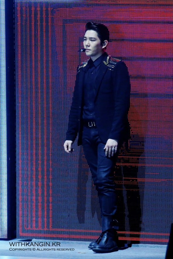 140222 Super Show 5 Tour in Beijing with Kangin by withkangin (8)
