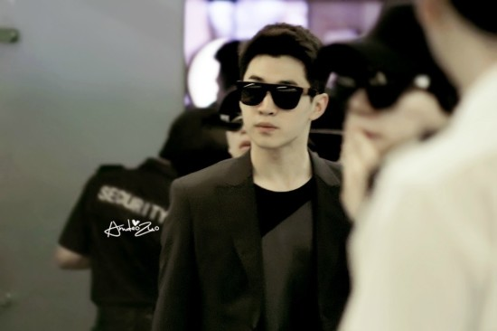 140416_HenMi_at_BeijingCapitalAirport1