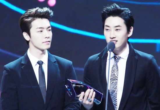 140417_EunHae_at_V-Chart_YYTAward2