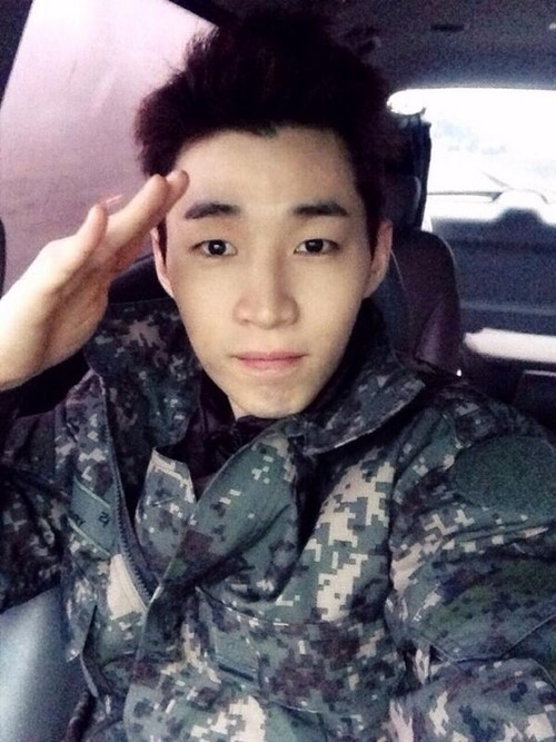 140419 Super Junior M's Henry Reminds Super Junior's Kangin About His Time In The Army